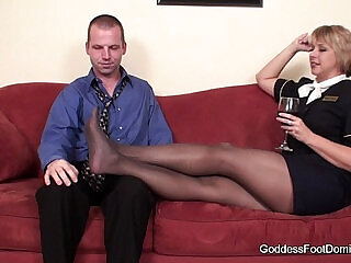 pantyhose | Pantyhose-wearing beauties getting fucked while on cam